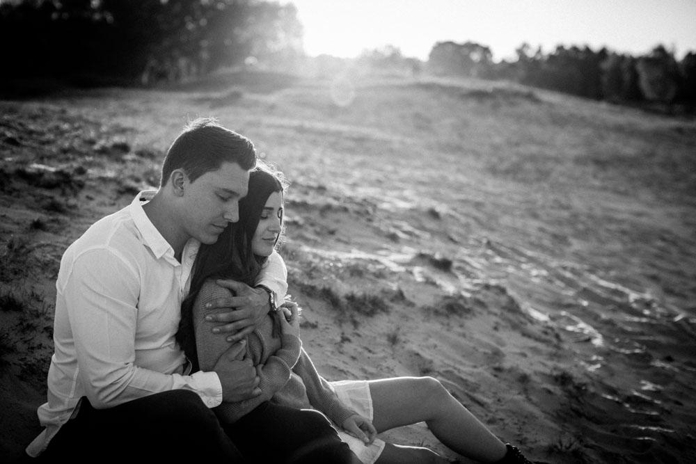 Romantisches Paarshooting. Authentischesche und romantische Fotos als eine Art Lovestory.