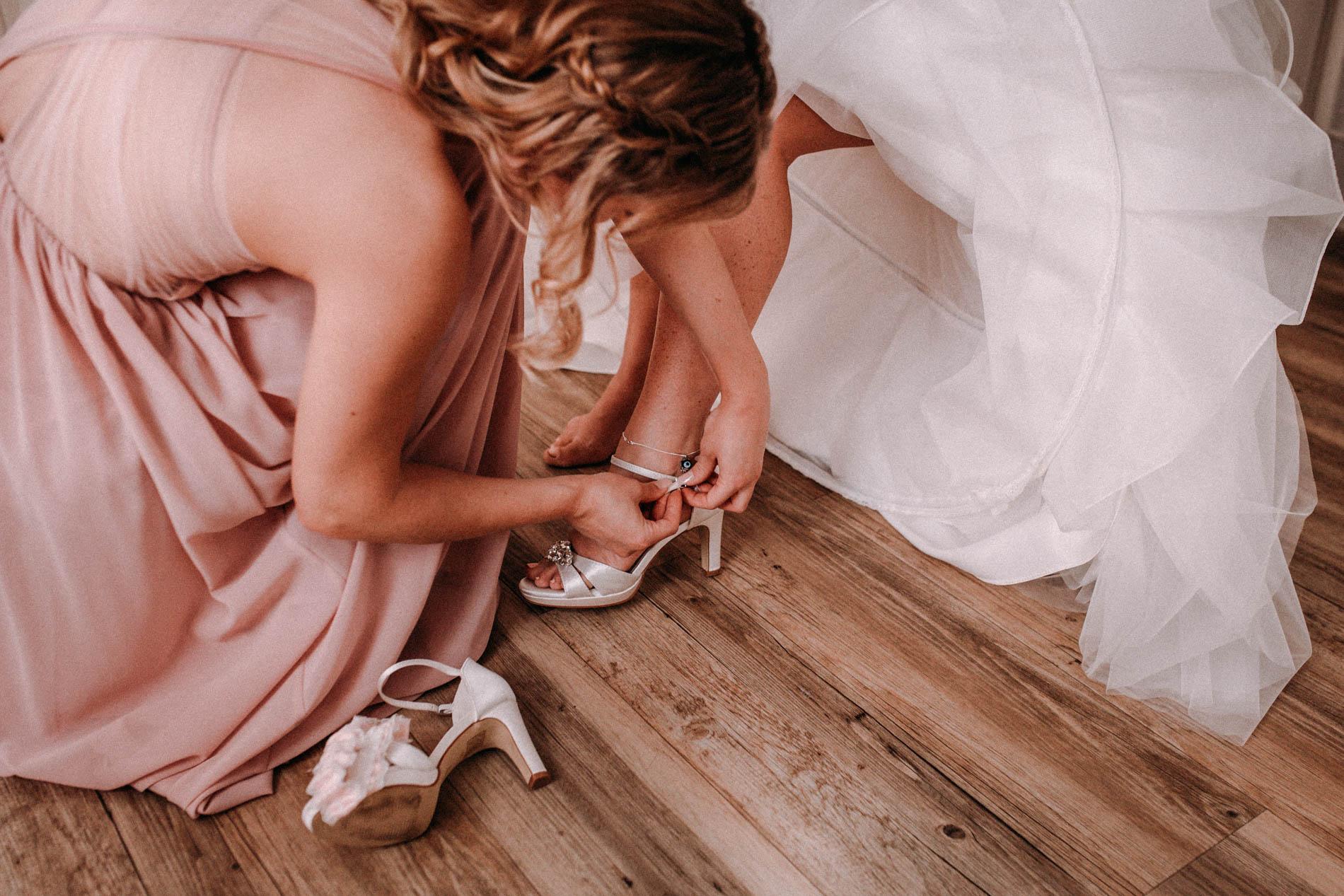 Hochzeitsfotograf für kreative und emotionale Hochzeitsportraits & Hochzeitsreportagen in Stade