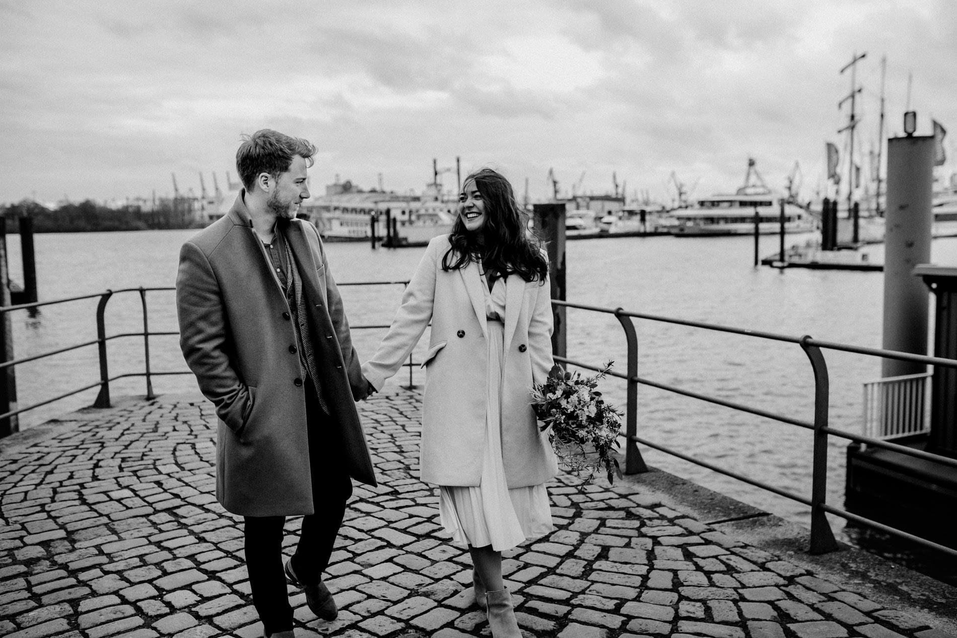 Hochzeitsfotograf Hamburg – Hochzeitsbilder in der Hafencity und Speicherstadt